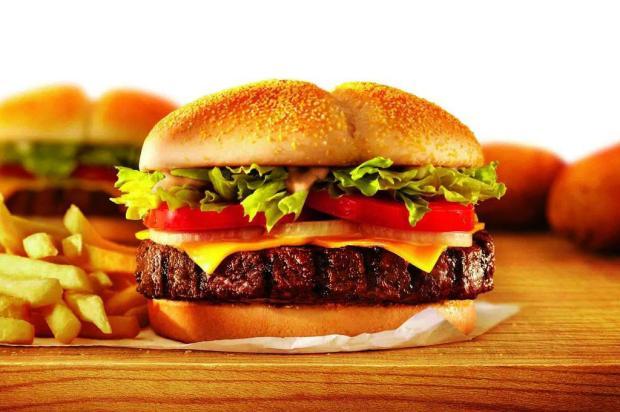 Rede SIM: parceria com Burger King, Zé Pneus e marca de farmácias Divulgação/Divulgação