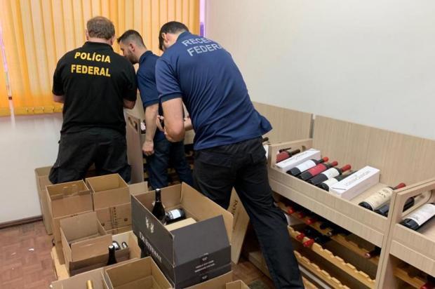 Operação da Polícia Federal em Caxias combate fraude na venda de vinhos estrangeiros Polícia Federal/Divulgação