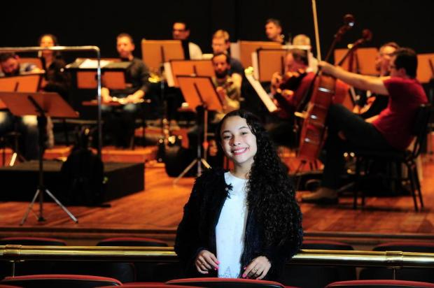 Luiza Barbosa, finalista do The Voice Kids, é a solista do concerto da Orquestra da UCS Porthus Junior/Agencia RBS