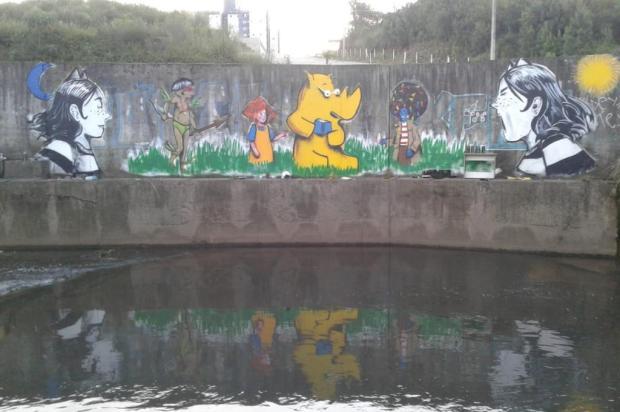 Veja grafite realizado por Lucas Leite na parte externa do Moinho da Cascata Lucas Leite/Divulgação