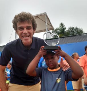 Menino de Vacaria é vice-campeão na Semana Guga Kuerten 2019 Arquivo Pessoal/