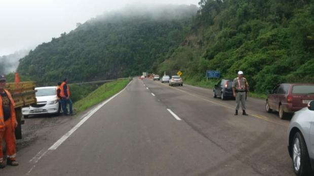 Daer monitora encosta e trânsito segue liberado na Rota do Sol, em Itati Daer / Divulgação/Divulgação