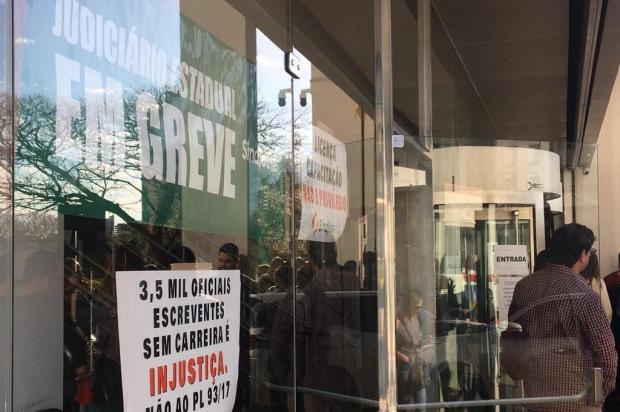 Vereadores de Caxias do Sul declaram apoio à greve de servidores do Judiciário Milena Schäfer/Agência RBS