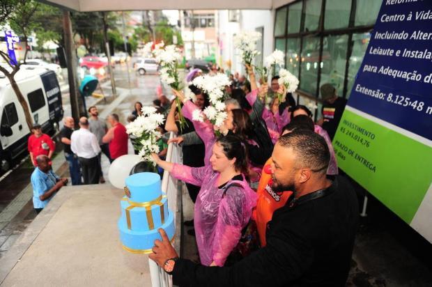 Protestos marcam um ano do fechamento do antigo Postão em Caxias do Sul Porthus Junior/Agencia RBS