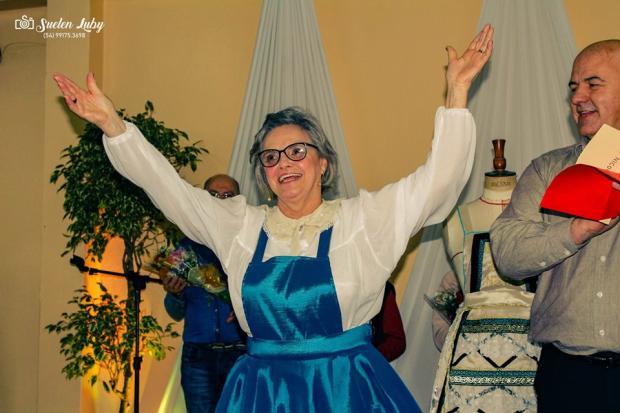 Lidia Canale é escolhida a mais bela nona de Galópolis Suelen Luby / divulgação/divulgação