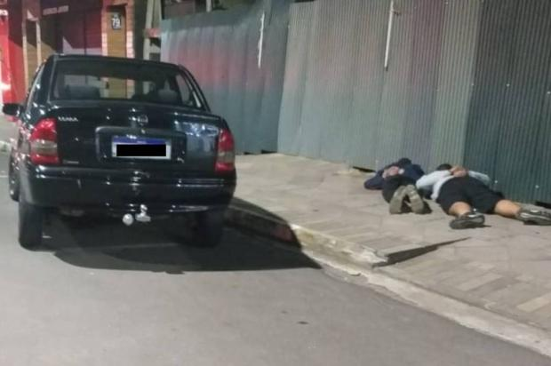 Dois jovens são presos depois de matar a tiros homem que estava em carro com eles em Canela Brigada Militar  / Divulgação /Divulgação
