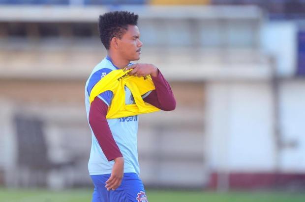 Após três temporadas, volante vai deixar o Caxias Porthus Junior/Agencia RBS