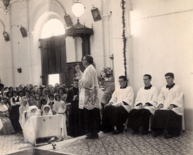 Santa Lúcia do Piaí: a primeira missa do padre Leduvino Lazarotto, em 1962 Fiorentino Cavalli / Acervo de Norma Lazzarotto Camargo, divulgação/Acervo de Norma Lazzarotto Camargo, divulgação