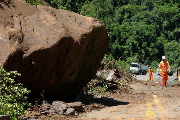 Governo libera R$ 1 milhão para obra no trecho onde houve deslizamento na ERS-122 Lucas Amorelli/Agencia RBS