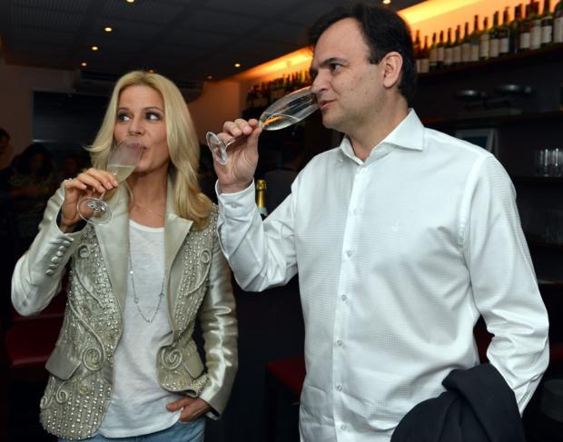 Sociedade por João Pulita Cristina Granato, divulgação/