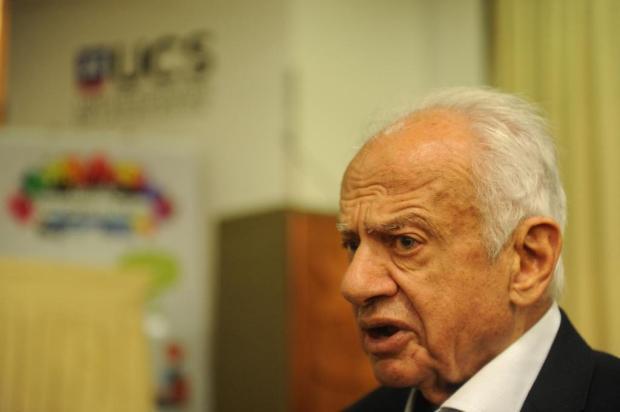MDB de Caxias do Sul faz homenagem a Pedro Simon Diogo Sallaberry/Agencia RBS