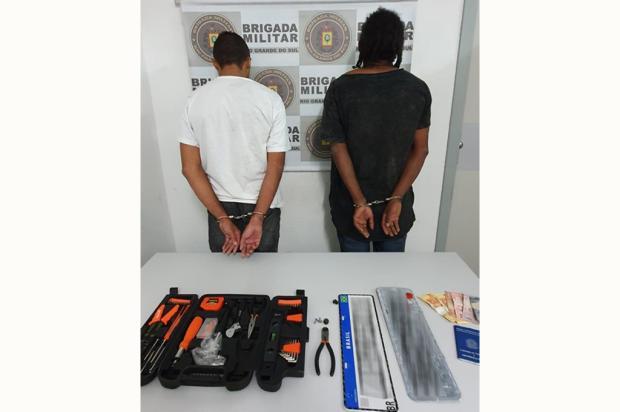 Dois homens são presos por receptação de veículo em Flores da Cunha Brigada Militar / Divulgação/Divulgação