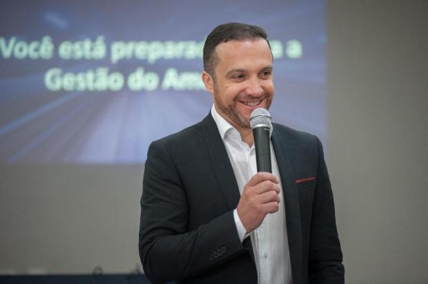 Associação dos Dirigentes Cristãos de Empresas de Caxias do Sul tem novo presidente Eduardo Branco Kickhöfel/divulgação
