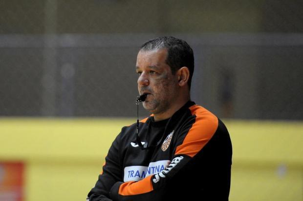 """Técnico da ACBF se afasta de pressão pela classificação na Liga: """"Não é possível vencer todas as competições"""" Lucas Amorelli/Agencia RBS"""