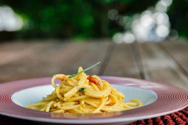 Na Cozinha: tá com pressa? Faça espaguete à carbonara em 20 minutos Omar Freitas / Agência RBS/Agência RBS
