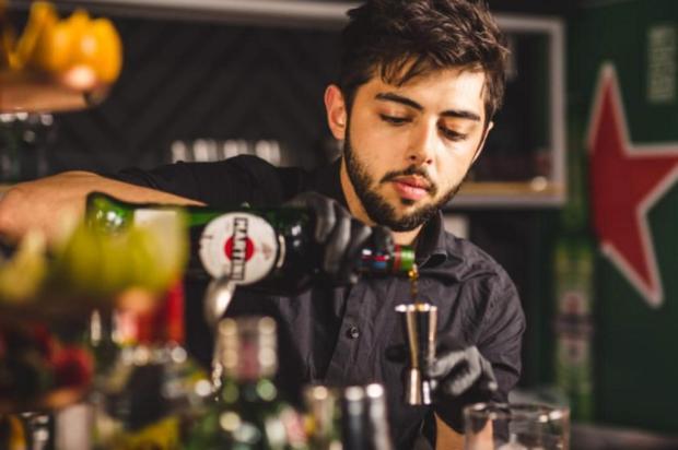 Restaurante Amuleto Del Fuego inaugura pub nesta terça Pedro Volpato/Divulgação