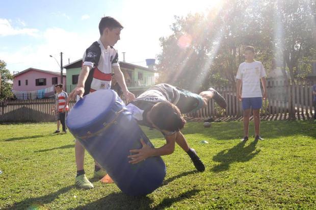 Gestor e técnico do Serra Gaúcha querem formar não apenas atletas, mas melhores cidadãos Antonio Valiente/Agencia RBS