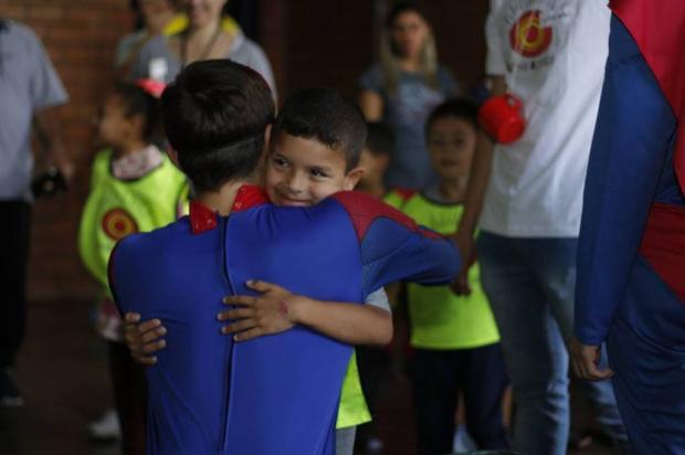 Saiba onde você pode doar materiais escolares para a Festa de Natal Sonhar Acordado, em Caxias Sonhar Acordado / Divulgação/Divulgação