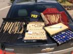 PRF apreende 1,29 quilo de joias em compartimento oculto de carro em Bento Gonçalves PRF/Divulgação