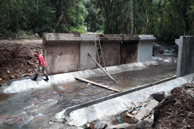 Ponte em estrada da Linha Feijó, no interior de Caxias, tem previsão de conclusão em dois meses Smosp/Divulgação
