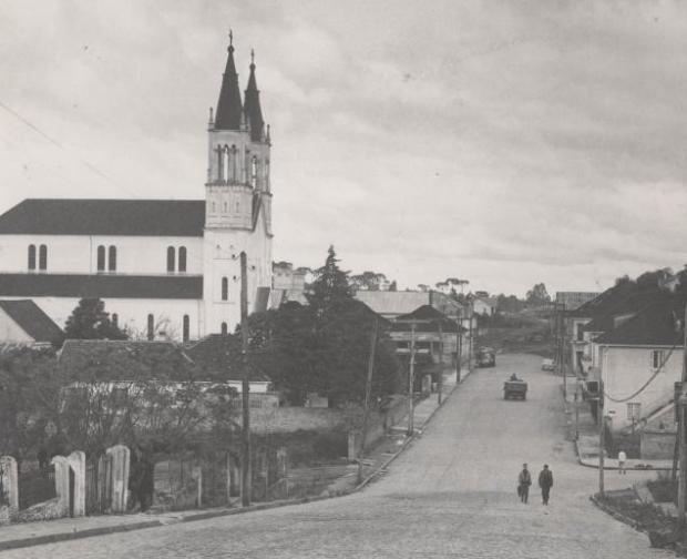 Calendário de Lourdes: uma paróquia rumo aos 80 anos Arquivo Histórico Municipal João Spadari Adami / divulgação/divulgação