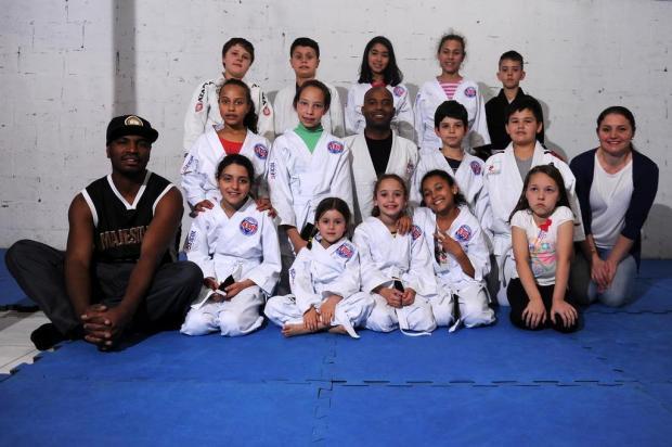 Projeto Conquista apresenta o jiu-jitsu como uma ferramenta para trabalhar a disciplina e o respeito marcelo Casagrande/Agencia RBS