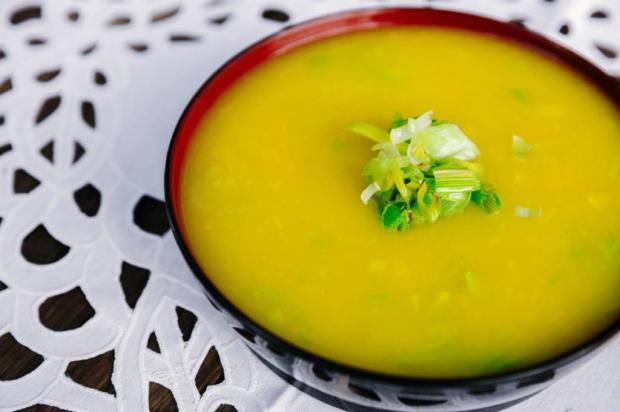 Na Cozinha: teve um dia cheio? Experimente fazer essa sopa Omar Freitas / Agência RBS/Agência RBS