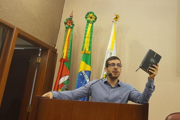 Vereador usa a Bíblia e cita novela para criticar prefeito de Caxias do Sul Daniel Corrêa/Divulgação