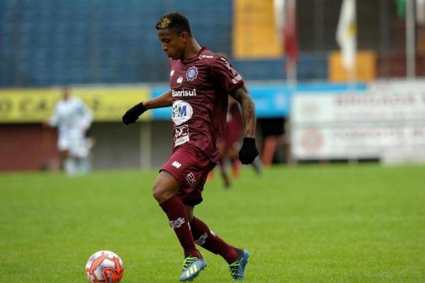 Meia-atacante segue no Caxias, mas com contrato só até o final do Gauchão 2020 Lucas Amorelli/Agencia RBS