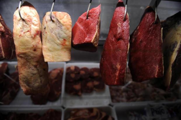A carne do churrasco está bem salgada em Caxias Marcelo Casagrande/Agencia RBS