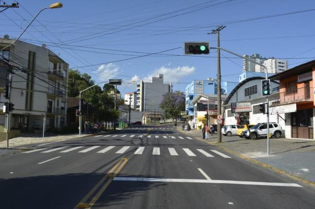Com novo semáforo, Avenida São Leopoldo passa a ter quatro pontos com sinaleiras em Caxias Leonardo Portella/Secretaria Municipal de Trânsito