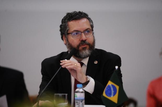 """""""Saímos da caverna para a luz do sol"""", afirma ministro de Relações Exteriores brasileiro, em Bento Antonio Valiente/Agencia RBS"""