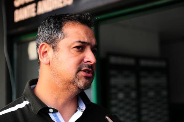 Intervalo: Marquinhos Santos cumpriu sua palavra e está de volta ao Juventude Porthus Junior/Agencia RBS