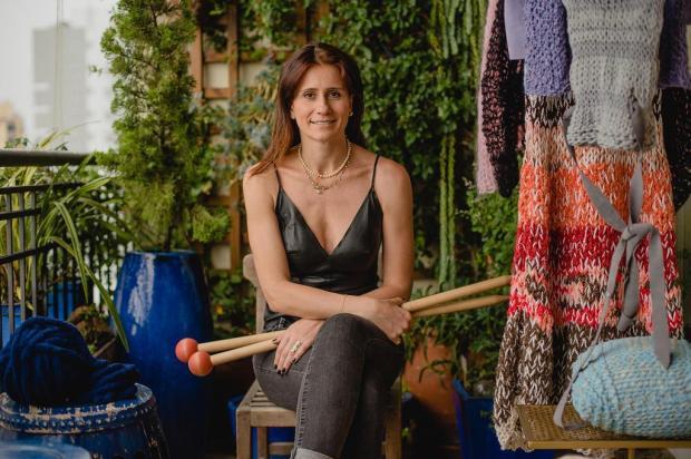 Conheça a trajetória da artista multifacetada Cristina Lisot Alex Battistel/Divulgação