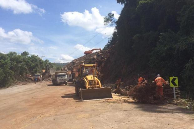 Remoção de pedras na RS-122, em Farroupilha, será intensificada André Fiedler/Agência RBS