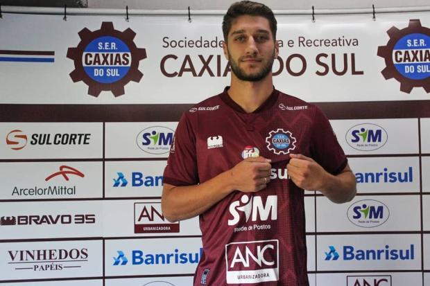 """""""Pode ser um divisor de águas na minha carreira"""", afirma novo reforço do Caxias Vitor Soccol / Ser Caxias/Ser Caxias"""