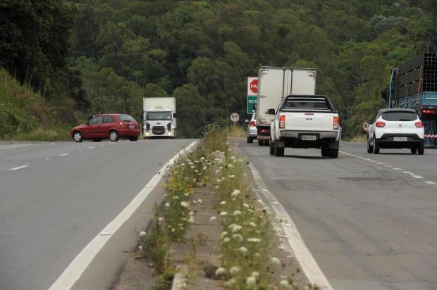 Mesmo com novo acesso, motoristas seguem se arriscando em Forqueta, em Caxias Lucas Amorelli/Agencia RBS