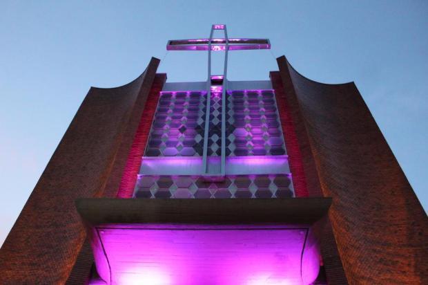 Paróquia Pio X, em Caxias, inaugura iluminação externa Felipe Padilha/Divulgação