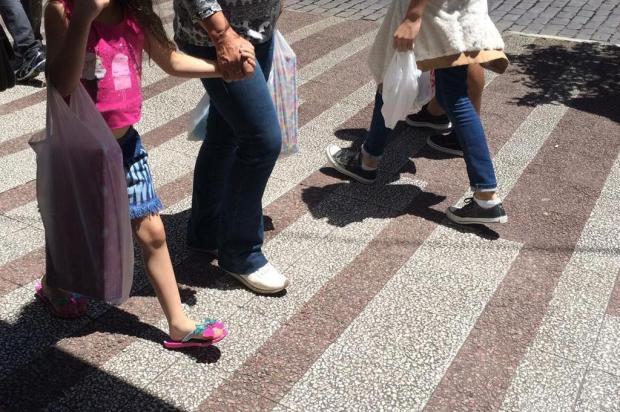 Restaurantes e shoppings já sentem efeitos do coronavírus, diz Fecomércio Milena Schäfer/Agência RBS