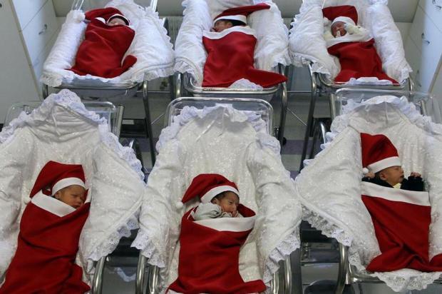 Peças natalinas confeccionadas para bebês em hospital de Caxias do Sul encantam Jéferson Costa/Divulgação
