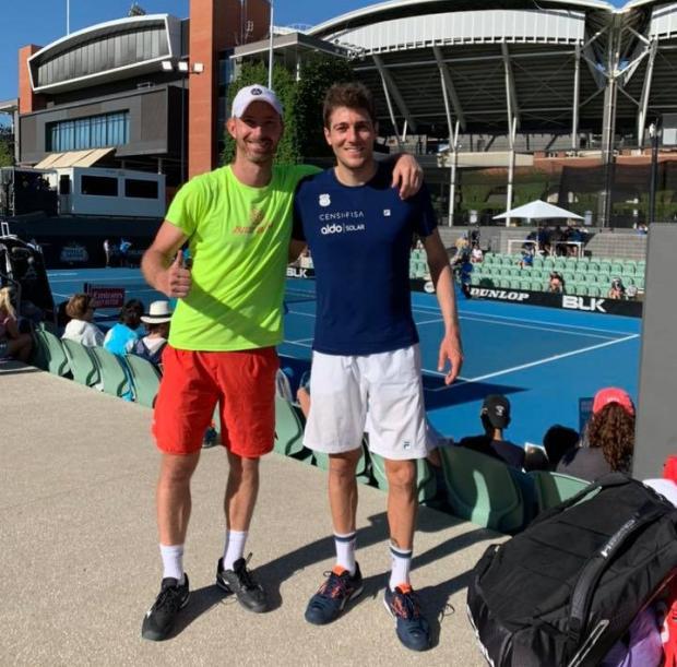 Tenista caxiense abre temporada em torneio na Austrália Divulgação/