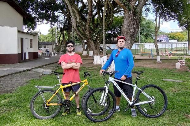 Ciclistas de Curitiba se desafiam em percurso de 570 km até Caxias do Sul Divulgação/Arquivo pessoal
