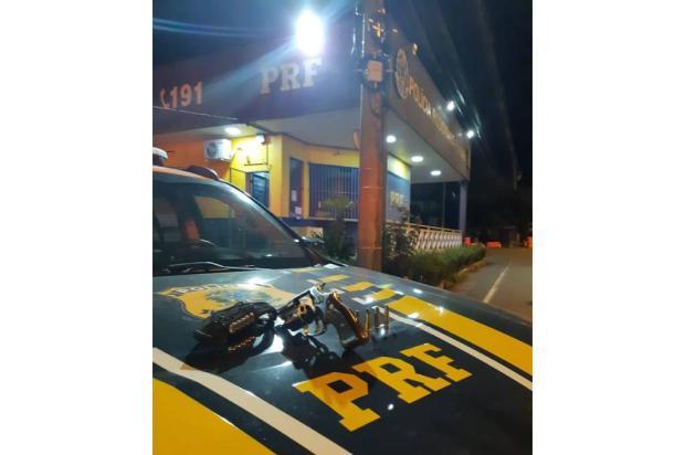 Motorista é detido por porte ilegal de arma na BR-116 em Caxias PRF / Divulgação/Divulgação
