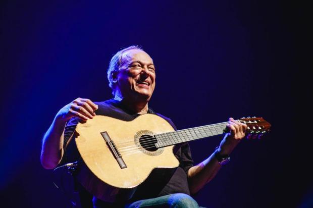 """""""O violão me faz dialogar com Deus"""", diz Toquinho, atração do Paralelo Festival, em São Chico Rafael Ferreira/Divulgação"""