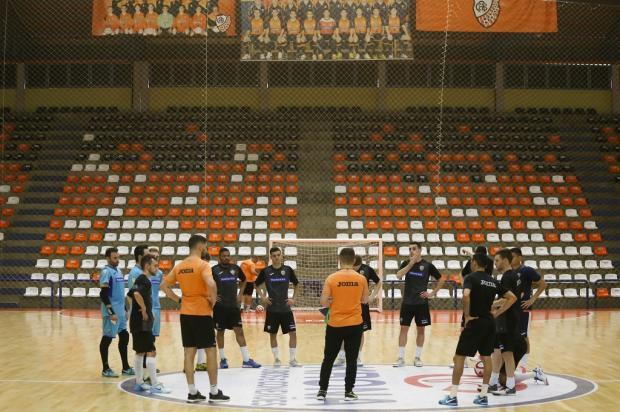 Com novo treinador e grupo reformulado, ACBF dá a largada para a temporada de 2020 Ulisses Castro / ACBF, Divulgação/ACBF, Divulgação