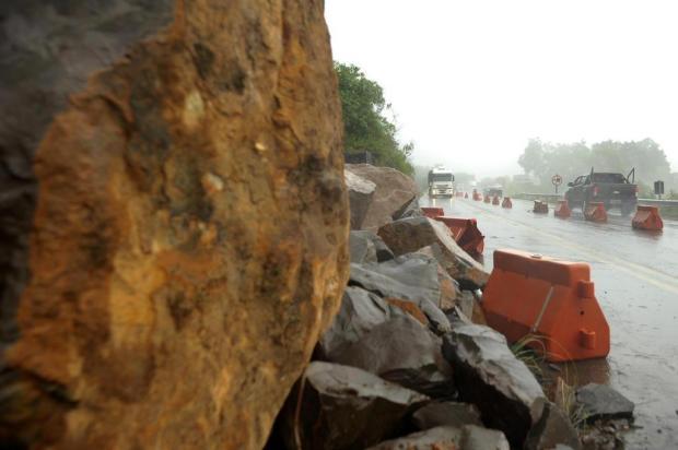 Queda de rochas na Rota do Sol completa sete meses sem previsão de retirada Lucas Amorelli/Agencia RBS