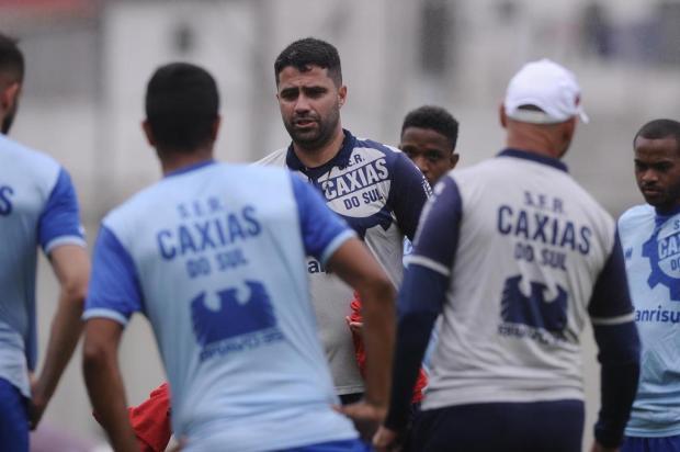 Sem mistérios, Lacerda confirma time titular do Caxias para a estreia Antonio Valiente/Agencia RBS