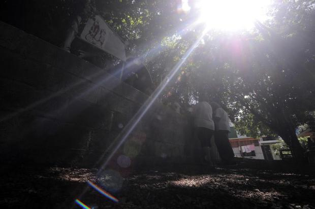 Gruta do Divino Pai Eterno reúne fiéis no bairro Kayser, em Caxias do Sul Marcelo Casagrande/Agencia RBS