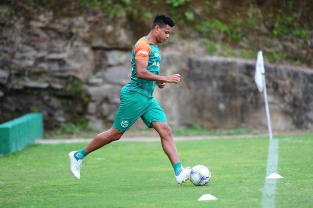 Edcarlos viaja para Ijuí e pode fazer sua estreia pelo Juventude Porthus Junior/Agencia RBS