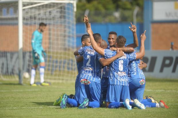 Em jogo de sete gols, Esportivo derrota o Aimoré na Montanha dos Vinhedos Lucas Amorelli / Agência RBS/Agência RBS
